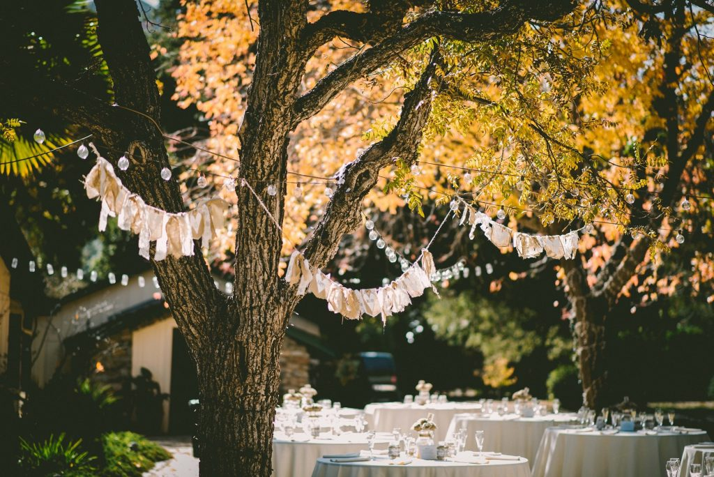 Decor Tips for an Outdoor Party